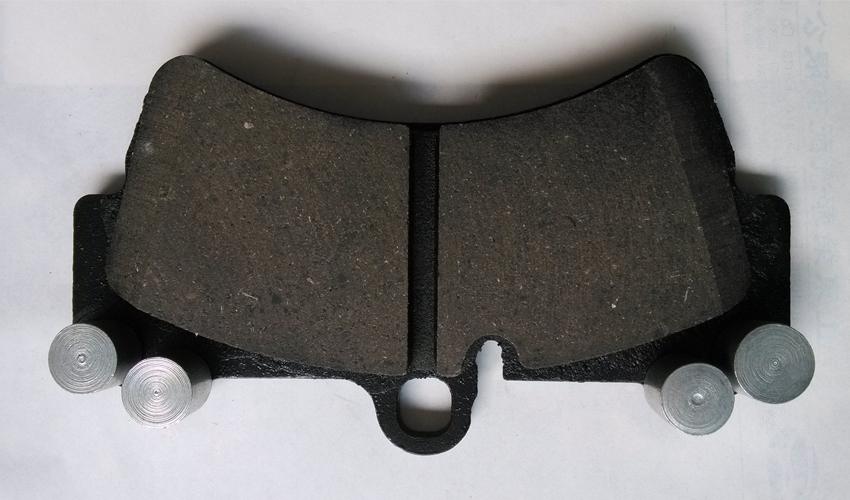 新型碳基陶瓷刹车片