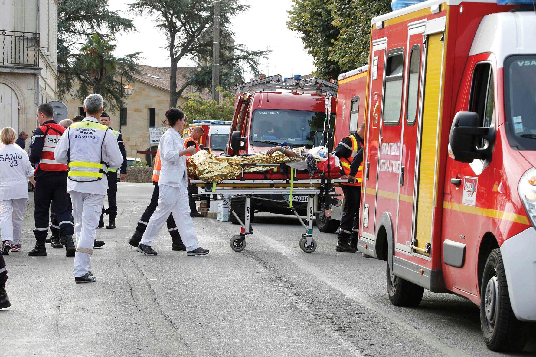 法国发生30年最惨烈车祸 导致42人遇难
