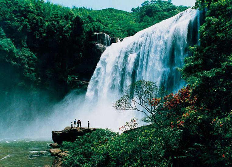 壁纸 风景 旅游 瀑布 山水 桌面 762_551
