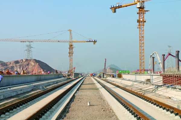 贵昆段6月10日将完成铺轨 8月10日展开联调联试