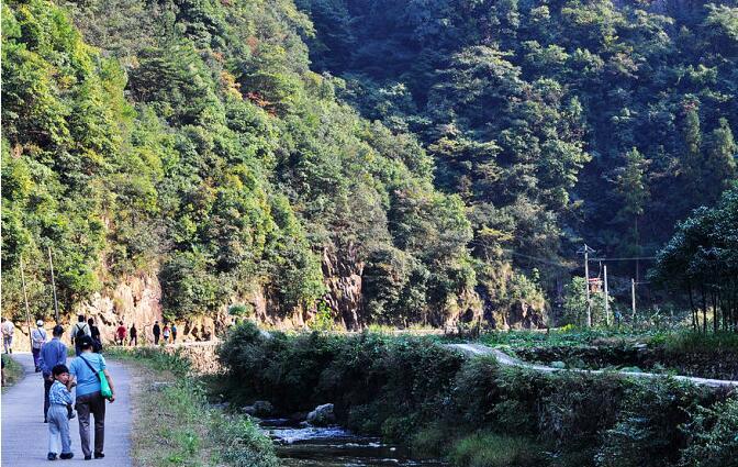 多彩贵州网贵州频道 贵州时政     贵州省政府批复同意花溪风景名胜区