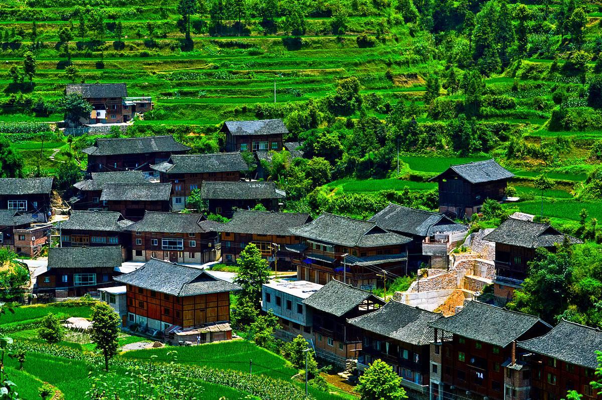 贵州旅游    贵州是非物质文化遗产大省,多彩贵州风景眼·非遗园景区