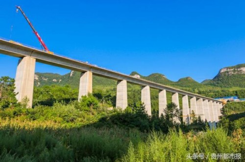 成贵高铁 13标22座桥梁下部工程竣工