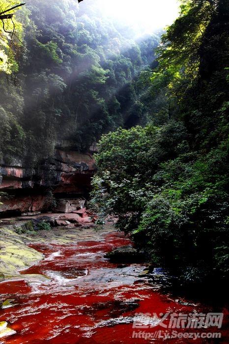 多彩贵州网贵州频道 贵州旅游    小坝风景区位于习水县西南,距县城40