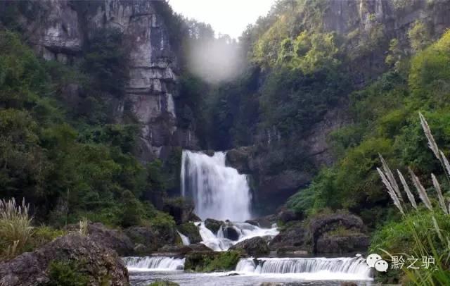 壁纸 风景 旅游 瀑布 山水 桌面 640_406