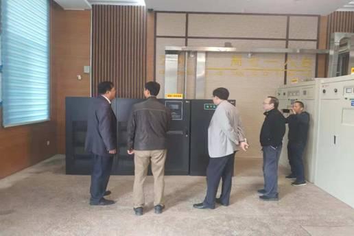 贵州省广播电视局党组成员胡建华到局属八五九