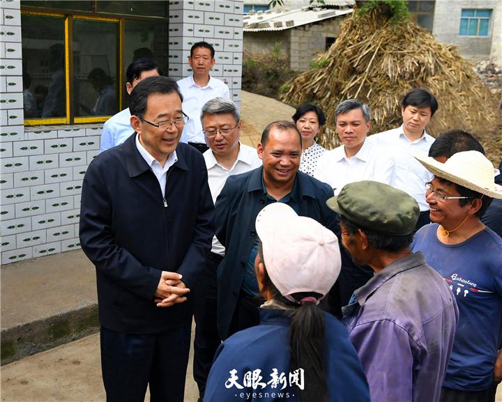 孙志刚在威宁自治县调研检查脱贫攻坚工作时强调